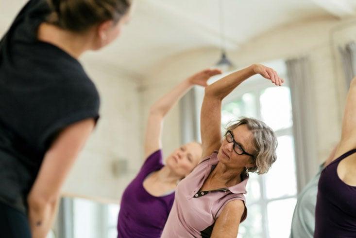 como rebajar estando en la menopausia