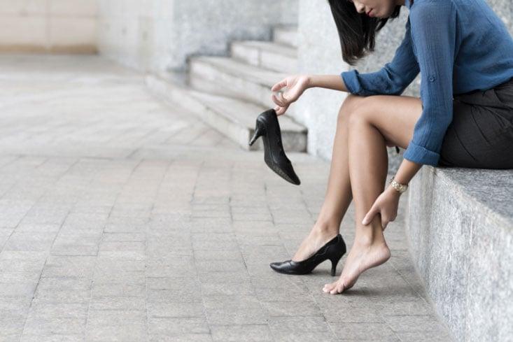 trucos para combatir las piernas cansadas