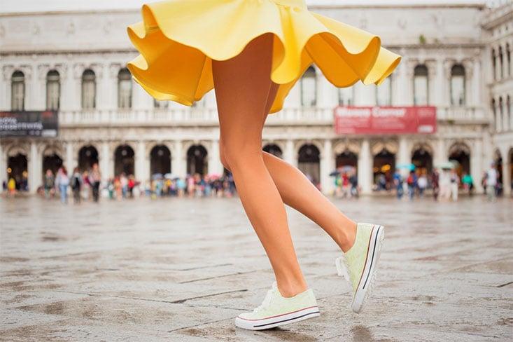 Mujer mostrando las piernas