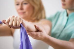 Tonifica tus brazos con estos sencillos ejercicios