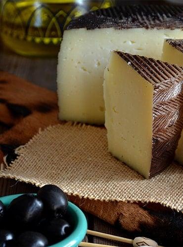 Los quesos españoles que están de moda en Dubái