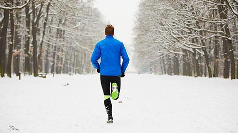 ¿Es mejor correr en cinta o en la calle?