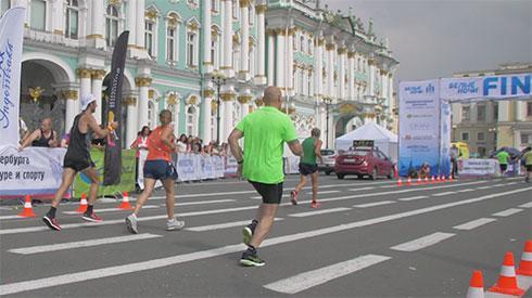 Cuatro valientes en la Maratón de San Petersburgo