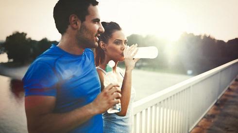 ¿Cómo debo hidratarme para correr 10 km?