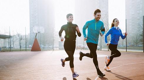 Correr a la hora del almuerzo, una forma de desconectar del trabajo