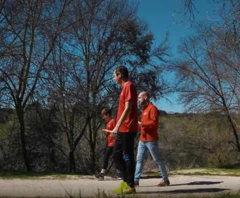Gonzalo Miró se cuela en un entrenamiento del Equipo Tortuga