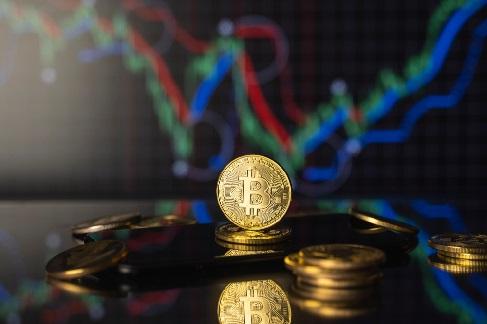 El auge del bitcoin plantea dudas en las grandes gestoras de fondos