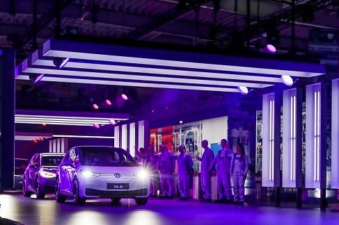 ¿Cómo fabricar coches limpios sin emitir CO2?