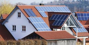 Ahorra en tu vivienda con energías renovables