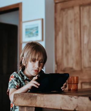 Cómo evitar que los niños compren accidentalmente por Internet