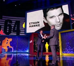 Ethan Hawke, un poco más español