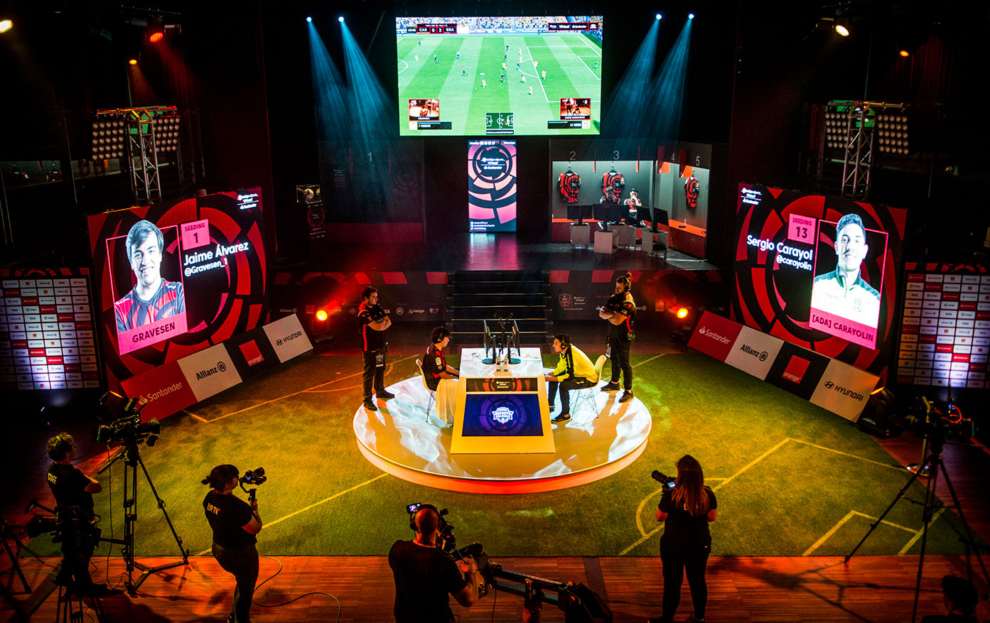 La nueva élite del fútbol… juega desde casa