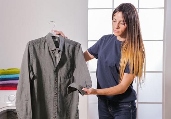 Trucos para olvidarte de planchar tu ropa