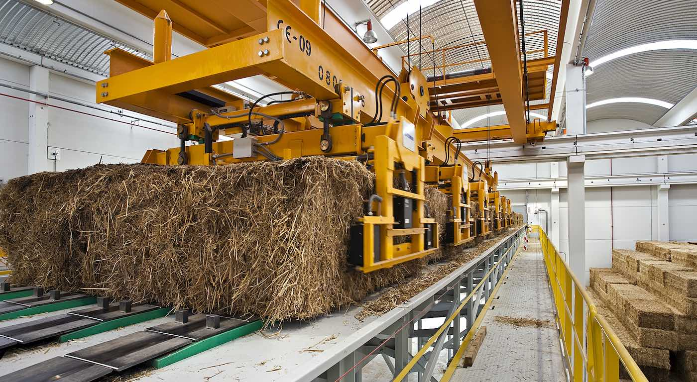Trigo y astillas de madera para producir energía limpia