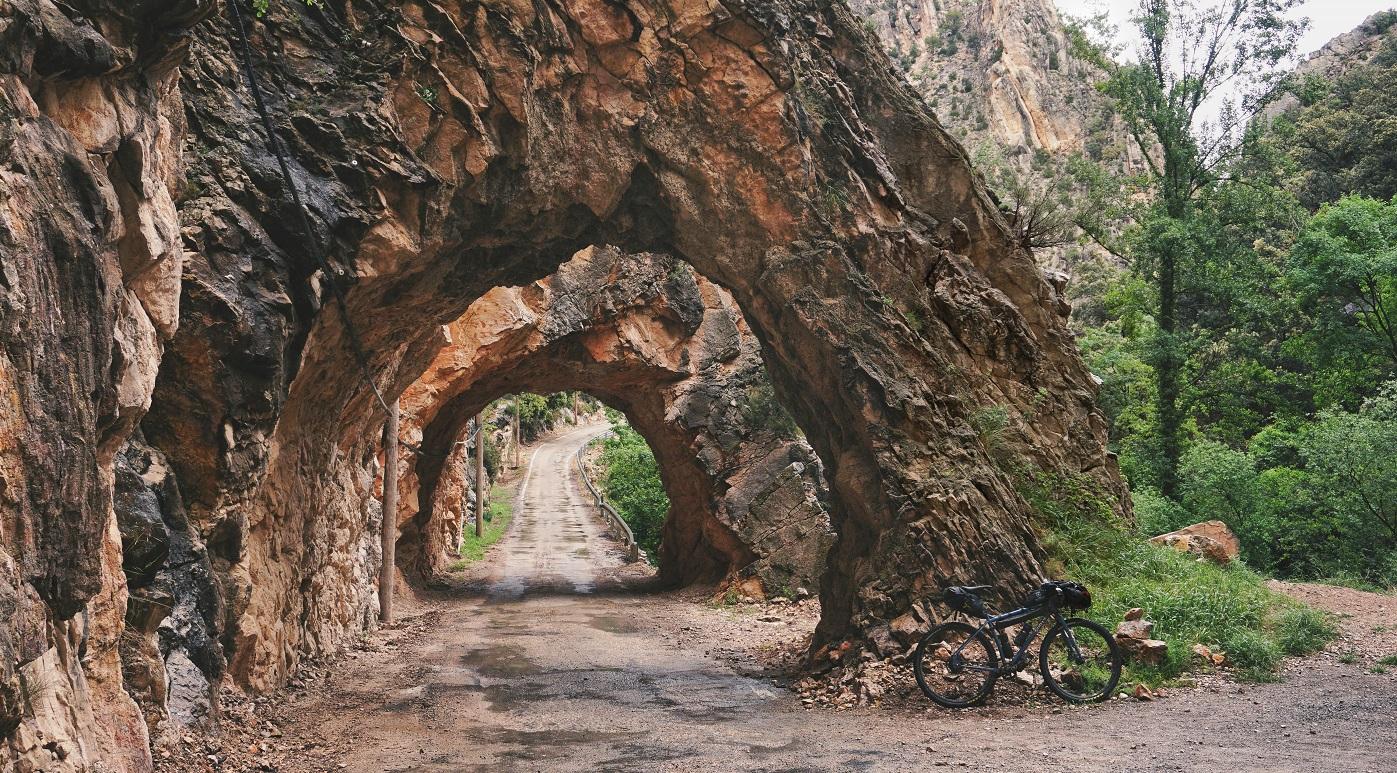 Repoblar 'montañas vacías' a golpe de pedal