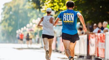 Cinco carreras para corredores comprometidos