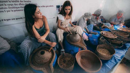 La tradición del aceite de argán, en las manos de las mujeres de Essaouira