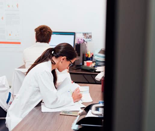 La comunidad médica coindice en comunicar su preocupación por el descuido de las medidas de prevención de las ETS.