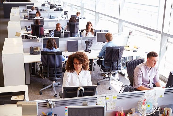 ¿Te sientas correctamente en el trabajo?