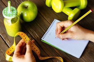 """Así pueden afectar las """"dietas milagro"""" a  tu dentadura"""